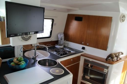Catamaran FOUNTAINE PAJOT Greenland 34 peer-to-peer