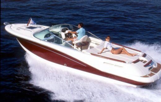 Charter motorboat in Cavalaire-sur-Mer