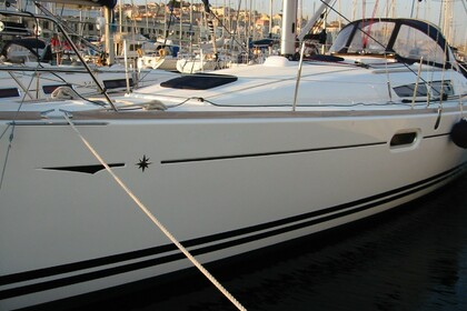 Rental Sailboat JEANNEAU 39i performance Lisbon