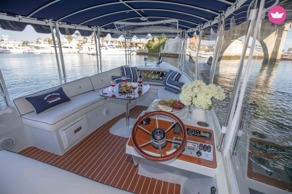 Duffy Boat 21hello And Welcome On This Beautiful Duffy Boat From 18 Ft Long Available In Newport Beach For Rent This Electric Boat Can Accommodate Up