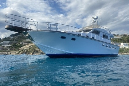 Location Yacht Camuffo C44 fly Sanremo