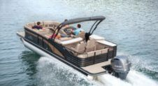 Motorboat Pontoon 26 for hire