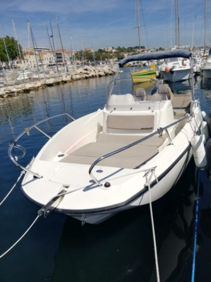 Charter Motorboat Quicksilver Activ 605 Open Marseille