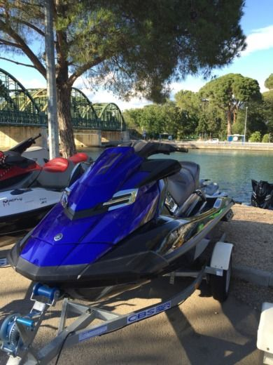 Yamaha Fxsvho a Cannes tra privati
