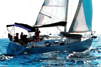 Hire Sailboat Beneteau First 33.7 Roses