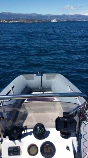 Charter rIB in Antibes peer-to-peer