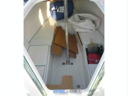 Sailboat JEANNEAU Sun Fast 20 peer-to-peer