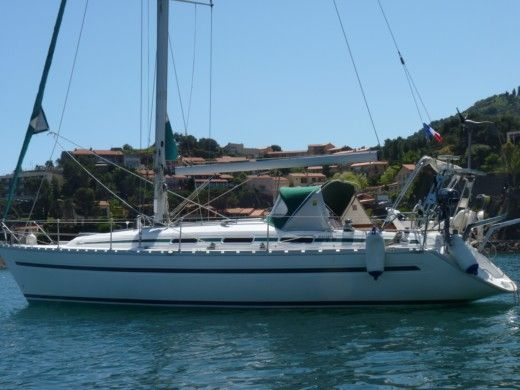 BAVARIA 38 HOLIDAYS in Gruissan for hire