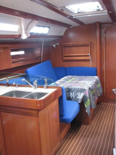 Sailboat Dufour 40 Performance for hire