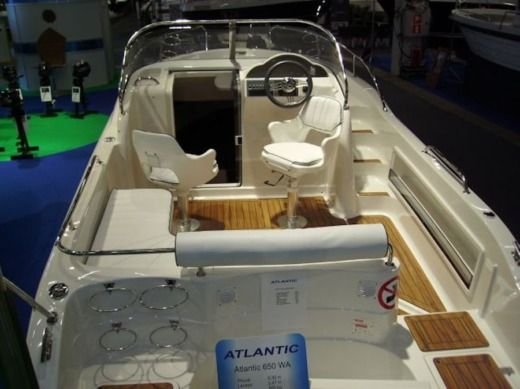 Motorboat Atlantic 650 Wa