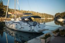 Jeanneau Sun Odyssey 419 in Ploče for rental