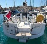 Sailboat Jeanneau 379 for rental