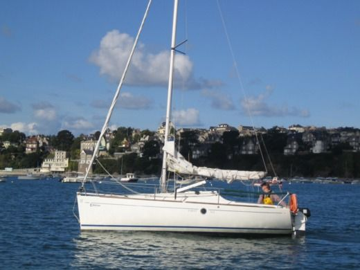 Sailboat Beneteau First 211
