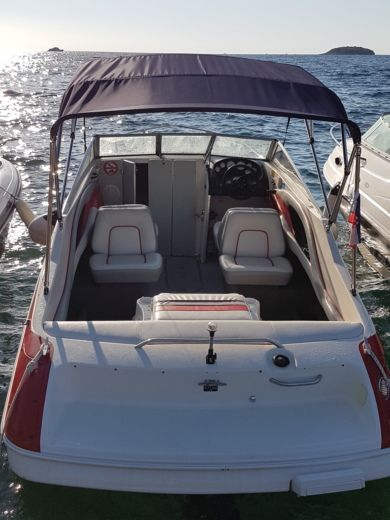 Bayliner Capri 2052 Bond in Vrsar for hire