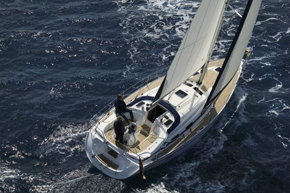 Charter Sailboat BAVARIA 39 CRUISER Corfu