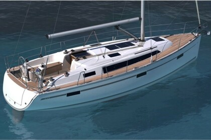Charter Sailboat BAVARIA 37 CRUISER Portisco