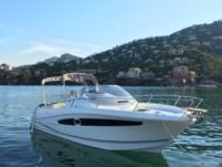 Jeanneau Cap Camarat 8.5 in Cannes for hire