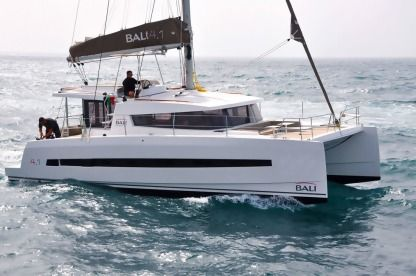 Charter Catamaran Bali - Catana 4.1 Owner Version Ajaccio