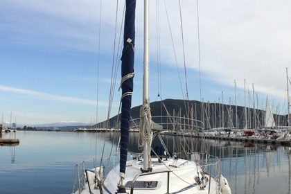 Rental Sailboat BAVARIA 30 Lefkada
