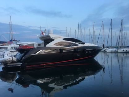 Rental Motorboat Sunseeker 64 Göcek