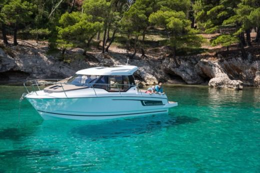 Jeanneau Merry Fisher 795 in Trogir for hire