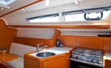 Sailboat Sun Odyssey 33I for hire