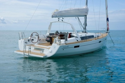 Rental Sailboat BENETEAU OCEANIS 45 Marmaris