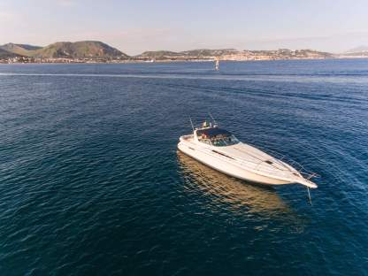 Charter Motorboat Sea Ray 420 Naples