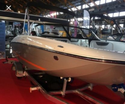 Rental Motorboat Bayliner E6 Annecy