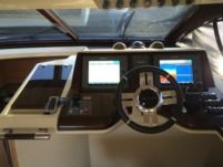 Motorboat Azimut 47 Fly for hire