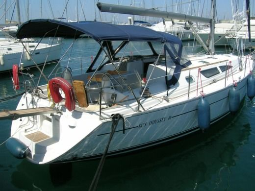 Jeanneau Sun Odyssey 40 in Bandol for hire