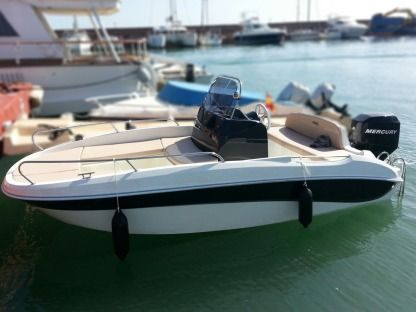 Charter Motorboat Remus 450 Open Altea