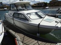 Rental motorboat in Saint-Cyprien