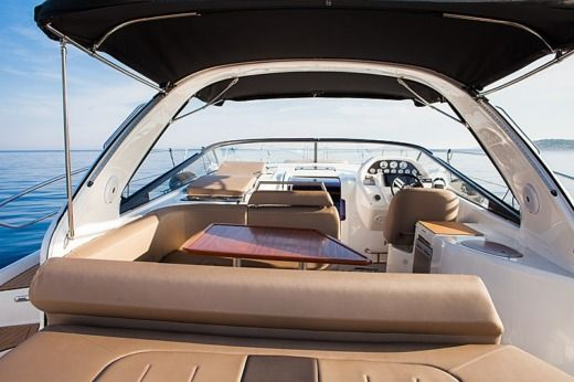 Motorboat Bavaria 39 Sport peer-to-peer