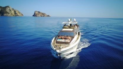 Charter Motorboat Rizzardi Technema 80 Ponza