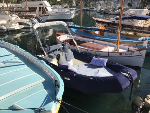 Location Semi-rigide Zodiac Medline 500 Beaulieu-sur-Mer