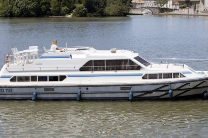Charter Houseboat Peniche Classique Carrick-On-Shannon