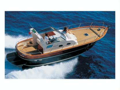 Rental Motorboat Apreamare 10 Massa Lubrense
