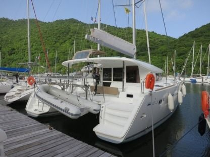 Charter Catamaran Lagoon 400 Martinique