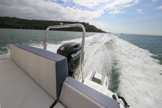 Motorboat Beneteau Flyer 6.6 Spacedeck for rental
