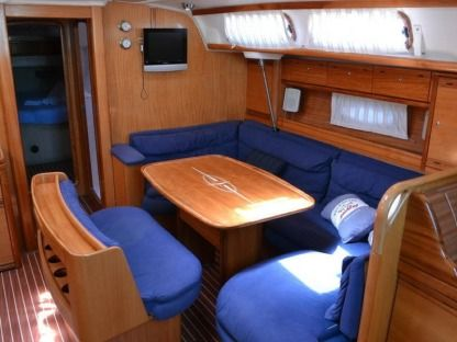 Charter Sailboat  Bavaria 46 Cruiser Cecina