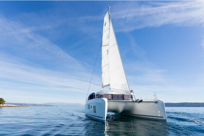 Hire Catamaran LAGOON 42 BRIGHT SKY Trogir