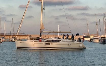 Rental Sailboat Jeanneau Sun Odyssey 45Ds Valencia