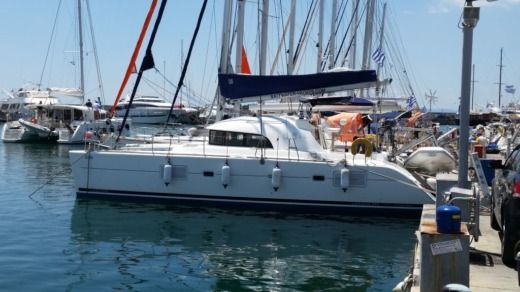 Catamaran Lagoon 380 S2 Premium for hire