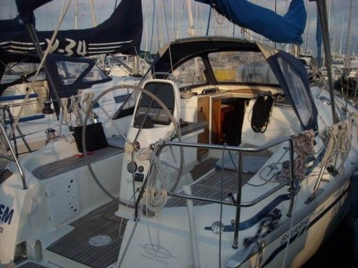 BAVARIA 31 CRUISER in Bormes-les-Mimosas peer-to-peer