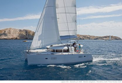 Rental Catamaran Lagoon 400 S2 With A/c Angra dos Reis