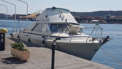 Barca a motore Chris Craft 31 Commander Sport Express da noleggiare