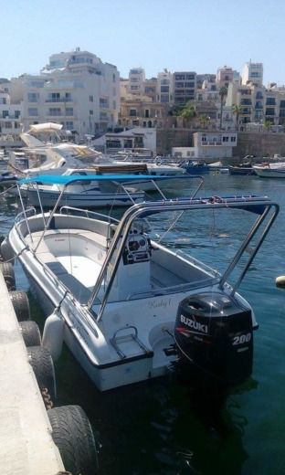 Motorboat Buccaneer Sea Rover 208 for hire