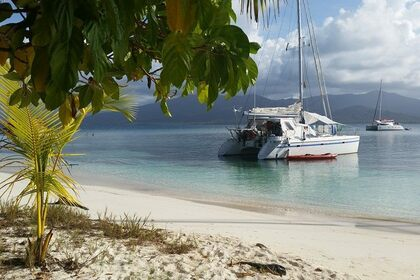 Location Catamaran Jeannot Privilege 37 Pategán