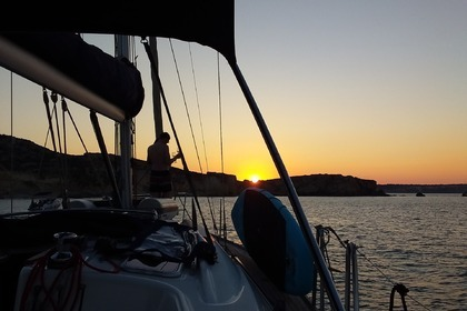Charter Sailboat Sunset cruise Beneteau oceanis Saint Julian's
